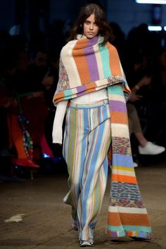 Missoni Fall 2016 Ready-to-Wear Collection Photos - Vogue Missoni, Fashion Show, Fashion Trends, Milan Fashion, Street Look, Fall 2016, Lana, New Look, Ready To Wear