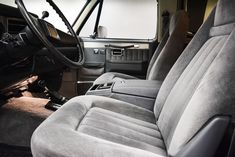1987 Chevrolet K-5 Blazer   Classic Car Liquidators in Sherman, TX C10 Chevy Truck, Lifted Ford Trucks, Chevy Trucks, Chevy Blazer K5, K5 Blazer, 35 Inch Tires, Jeep Wrangler Tj, Four Wheel Drive, Camaro Ss