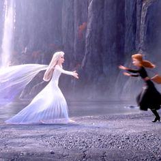 - -Constable+Frozen - - Tulle prom gown,off shoulder prom dresses,long prom dress,a line evening dress Disney Princess Memes, Disney Princess Pictures, Disney Jokes, Disney Pictures, Disney Cartoons, Princesa Disney Frozen, Frozen Art, Frozen Movie, Disney Frozen Elsa