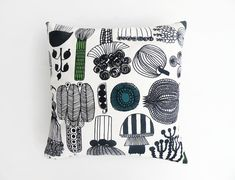 This stylish throw pillow will give a Scandinavian touch to your home decor. This stylish decorative cushion measures approximately 50 X 50 cm (20X20) and is made out of Marimekko fabric.