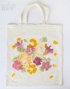 The post Mothers Day Gift: Pounded Flower Tote Bag 2019 appeared first on Bag Diy. Mothers Day Gift: Pounded Flower Tote Bag 2019 Mothers Day Gift: Pounded Flower Tote Bag DIY Candy diy mothers day fathers day gifts from baby fathers day diy Easy Diy Mother's Day Gifts, Homemade Mothers Day Gifts, Father's Day Diy, Mothers Day Crafts, Homemade Gifts, Mother Day Gifts, Simple Gifts, Fun Gifts, Plain Canvas