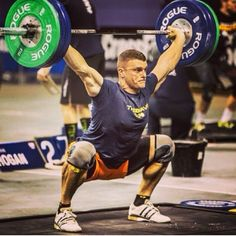 All things CrossFit :) Motivation Crossfit, Crossfit Men, Crossfit Athletes, Male Athletes, Crossfit Inspiration, Physical Fitness, Elite Fitness, Calisthenics, Workout For Beginners