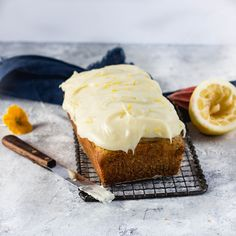 Beating those monday blues with this delightful little super fluffy lemon and poppy loaf ! Monday Blues, Poppy, Monkey, Cupcake, Lemon, Pie, Sweet, Desserts, Blog