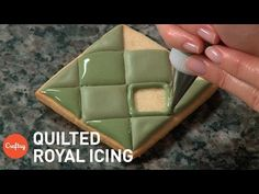 Quilted Royal Icing Effect | Cookie Decorating Tutorial with Amber Spiegel - YouTube