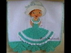 MUÑECA  CON VESTIDO TEJIDO #1 Crochet Kitchen, Crochet Videos, Microcar, Crochet Doilies, Cinderella, Projects To Try, Barbie, Dolls, Disney Princess