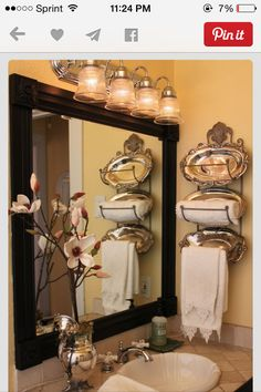 A Pretty Towel Display! Creative Way to Use and Embellish This Wall Rack! See mo. A Pretty Towel Display! Creative Way to Use and Embellish This Wall Rack! See more home decorating ideas at thefrenchinspiredroom. Home Design, Interior Design, Design Ideas, Design Room, Interior Ideas, Modern Interior, Bathroom Mirror Makeover, Towel Display, Diy Home Decor Rustic