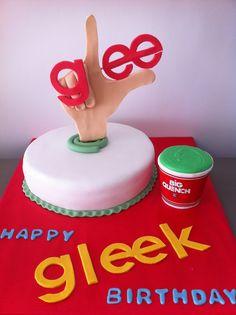 Tarta personalizada y decorada con los motivos de la Serie de TV Glee elaborada por TheCakeProject en Madrid