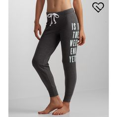 Aeropostale LLD Weekend Jogger Sweatpants ($15) ❤ liked on Polyvore featuring activewear, activewear pants, black, sweat pants, aeropostale sweatpants, sport sweat pants, sports sweatpants and relaxed fit sweatpants