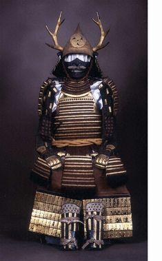 紫糸威二枚胴具足 文化遺産オンライン