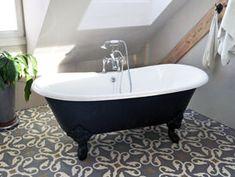 #Bristol - freistehende #Nostalgie-Badewanne Die freistehende Badewanne Bristol Die wundervoll geschwungenen Wannenränder geben dieser #Gusseisen Badewanne ihre einmalige Form. Die perfekte Symbiose mit den eindrucksvollen #Klauenfüßen rundet den klassischen Auftritt der Badewanne Bristol perfekt ab. Die #Badewanne Bristol kann mit oder ohne Wannenrandbohrung für die #Armatur bestellt werden. http://www.baedermax.ch/freistehende-badewannen/guss/bristol-88ci.html #Badezimmer