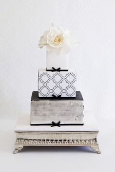 Pretty Black Dotted Quatrefoil Tiered Wedding Cake