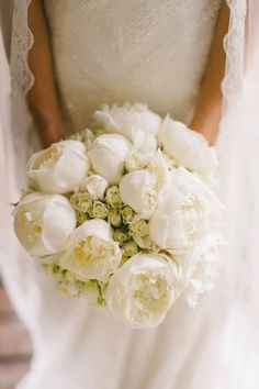 White Peony bridal bouquet