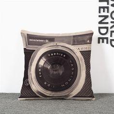 es.aliexpress.com store product 45-45cm-Creative-British-style-retro-camera-cushion-cover-Decorative-Cushion-Covers-for-Sofa-Car-Chair 1797859_32652798782.html?spm=2114.04010208.3.127.xPLV5U&ws_ab_test=searchweb0_0,searchweb201602_6_10065_10068_433_434_10136_10137_10138_10060_10062_10141_10056_10055_127_10054_10059_10531_10099_10530_10103_10102_10096_10052_10109_10144_10053_10050_10107_10142_10051_10143_10527_10526_10529_10520_10084_10083_10119_10080_10082_10081_10110_10111_1011...