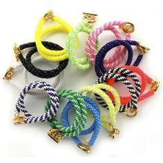 Bracelets scoubidous - Marie Claire Idées
