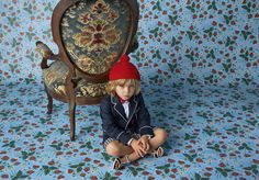 Boys Junior Look 9 from Gucci's new Children's Cruise Collection. Featuring a navy cotton gabardine jacket with navy and white seersucker shorts.