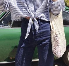 Casual_tie front cropped stripe shirt paired with high waist denim | Saved by Gabby Fincham |