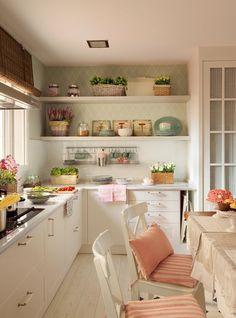 wystrój wnętrz, home decor, wnętrza, dom, mieszkanie, aranżacja, biała kuchnia, tapeta, dodatki