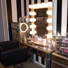 CLICK TO DOWNLOAD Your Elegant Makeup Beauty Room Look Book to see a collection of amazing #beautyroom décor and #makeup organization used and inspired by Top #Beauty #Bloggers. This is a great resource for #beauty bloggers, for the certified or self-taught #mua and for those who love ALL THINGS BEAUTY.