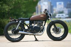 Thai Electrician Community: The History of the Honda CD250 Motorcycle