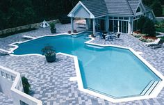 Virginia swimming pool with cool shape