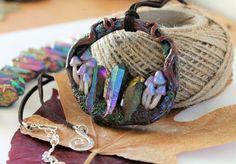 Mushrooms / Purple Blue Natural Quartz Crystals /Pendant /Polymer clay/ Handmade #Handmade Handmade Polymer Clay, Polymer Clay Jewelry, Crystal Pendant, Quartz Crystal, Handmade Necklaces, Handmade Jewelry, Crystal Aesthetic, Diffuser Necklace, Chakra Crystals