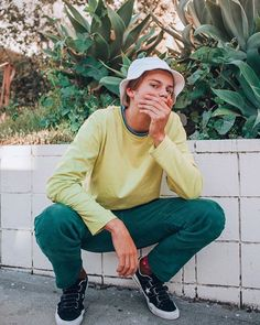 A Sidewalk talk with Young Aussie musician Ruel - C-Heads Magazine Pretty Boys, Beautiful Boys, Beautiful People, Dark Red Hair With Brown, Nam June Paik, Hipster Hat, Comme Des Garcons, To My Future Husband, My Boyfriend
