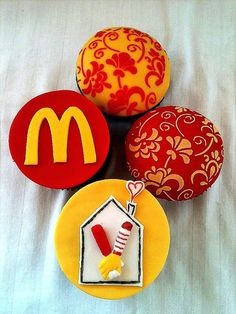 """The Ronald McDonald House Cupcakes we made....find us on FB under, """"Albuquerque Cupcake Creations"""""""