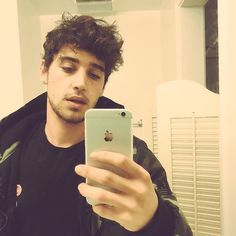 "[ jai brooks] ""hey im jai,im in a group called the janoskians with my two brothers and our friends.i have a baby girl named hayden,i love him lots.i show him alot of affection which others may look at weirdly because its 'feminine' which is stupid.i mostly do youtube because i try not to do much tour with the boys i want a stable enviroment for hayden soo...intro?"""