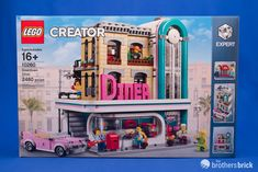 10260 Downtown Diner brings 1950's flair to Creator Expert modular buildings [Review]