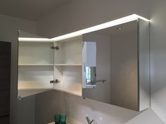 badkamer verlichting voor boven de spiegel wastafel let op T5 lampen ...