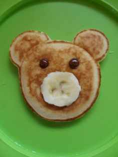Fun, healthy toddler food ideas; use whole wheat pancake mix and decorate with other whole fruits around the plate