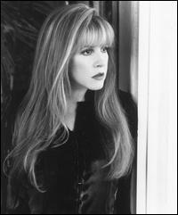 Stevie Nicks - Music icon - She still has it!!