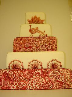 Henna Tattoo inspired Wedding Cake by fairycakes and faces, via Flickr