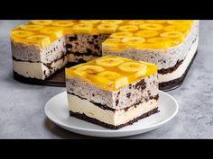 Nu e necesar sa fii bucatar profesionist ca sa faci cea mai buna prajitura din lume | SavurosTV - YouTube Food Cakes, Sweet Recipes, Cake Recipes, Biscuit Oreo, Mini Cheesecake, Romanian Desserts, Apple Desserts, Le Chef, No Bake Cake