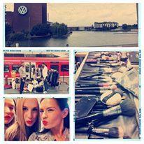 Fashion Show im Zug von Hannover in die designer outlets Wolfsburg