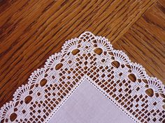 Crochet Edging Ravelry: Filetstueck's Handkerchief / hanky in filet-crochet with scalloped edge - Crochet Boarders, Crochet Edging Patterns, Crochet Lace Edging, Crochet Motifs, Crochet Squares, Thread Crochet, Crochet Doilies, Crochet Stitches, Crochet Hooks