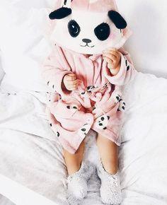 Panda morgonrock i fleece från Kappahl.