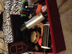 Makeup Box Makeup Box, Makeup Tips, Beauty Makeup, Makeup Looks, Heaven, Nail Art, Mac Makeup Box, Makeup Box Case, Sky