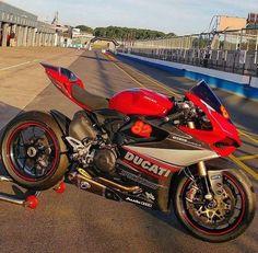 3Hƒ0® #Ducati