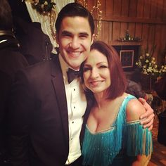 "Darren Criss with Gloria Estefan | 6.08 ""A Wedding"" BTS"