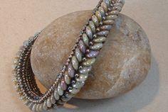 Lentille Bracelet | Funky Hannahs  http://www.beadreamers.net/portfolio.aspx?id=2153