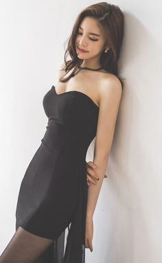 Fashion Model Asian Beauty Ideas - Her Crochet Asian Fashion, Girl Fashion, Beautiful Asian Women, Korean Women, Sexy Asian Girls, Looking Stunning, Women's Fashion Dresses, Asian Woman, Asian Beauty