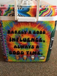 tie dye shots rarely a good influence cooler Tie Dye Painting, Cooler Painting, Fraternity Coolers, Frat Coolers, Sorority Canvas, Sorority Paddles, Sorority Recruitment, Cute Crafts, Diy Crafts