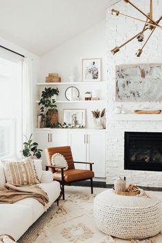 #homedecor #livingroom Boho Living Room Decor, Home Living Room, Apartment Living, Living Room Furniture, Living Room Designs, Living Room With Plants, Living Room Decorating Ideas, Living Room Ideas, Earthy Living Room