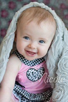 ❥ڿڰۣ-- precious child