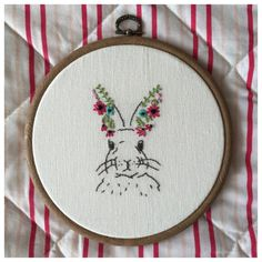 Woodland rabbit embroidery hoop with flowers door BuckleberryFerry