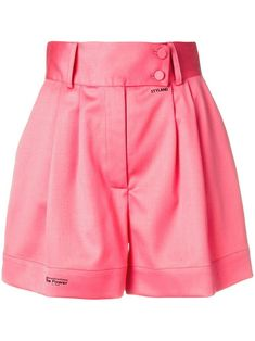 Styland Excessive Rise Tailor-made Shorts Zendaya Outfits, Zendaya Style, Stage Outfits, Look Fashion, Fashion Outfits, Fashion Design, Casual Summer Outfits, Cute Outfits, Pink Outfits