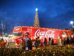 The iconic Coca-Cola truck is in Dublin today! You can check it out in all its glory today in Smithfield Square from midday until The Coca Cola Truck has now. Coca Cola Christmas, Christmas Truck, Christmas Photos, Jack Daniels, Sweepstakes Today, Truck Driving Jobs, Harley Davidson, Manchester New, Irish Christmas