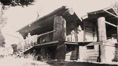 Doc Williams ran his practice from this cedar log building until the late 1930s. The building is still in use today and is occupied by Prestige Printing - Sandy, Oregon