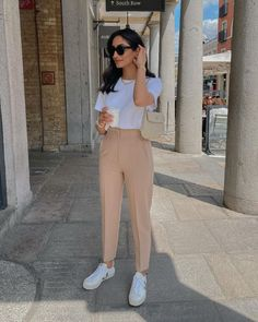 Stylish Work Outfits, Business Casual Outfits, Cute Casual Outfits, Simple Outfits, Stylish Outfits, Summer Outfits, College Outfits, Office Outfits, Elegantes Outfit